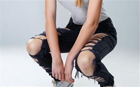 下蹲怎么做 下蹲有什么好处 下蹲健身运动