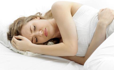 胃癌有什么症状 胃癌吃什么好 吃宵夜是否会导致胃癌疾病