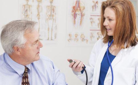 高血压患者必看!高血压除了吃药还要注意这两点