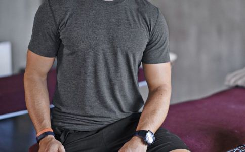 为什么成功男士喜欢戴手表 手表是成功男士必备物吗 不同年龄段的人怎么挑选合适的手表