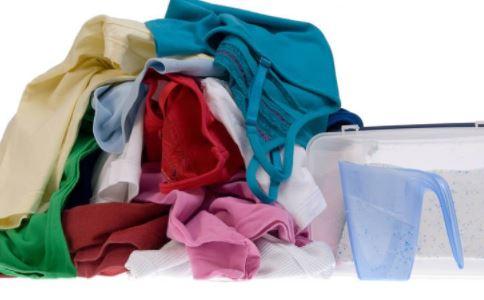 衣服染色怎么办 衣服染色去除 衣服染色有什么去除方法
