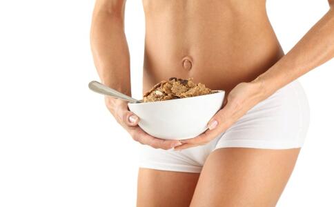 减肥总是感到饥饿怎么办 怎么控制食欲效果最好 减肥总是感到饥饿是什么原因