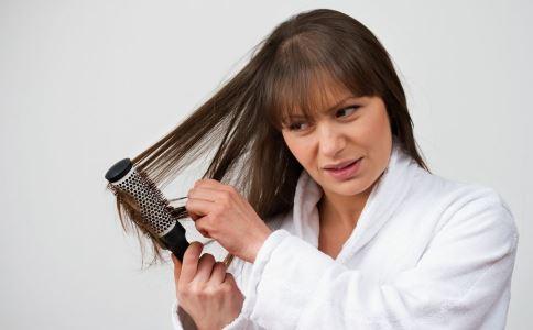 脱发掉发怎么办 脱发有什么方法吗 如何解决掉发