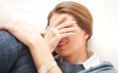 七夕失恋女过度悲痛 女子失恋患心碎综合征 心碎综合征是什么
