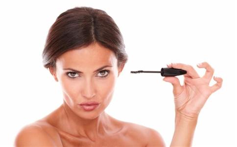 化妆时注意事项 化妆要注意什么吗 化妆的简单步骤