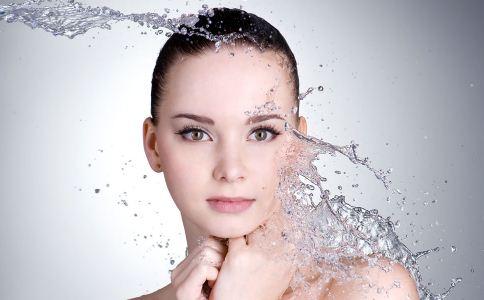 秋季皮肤干燥怎么办 秋季如何护肤 皮肤干燥如何缓解