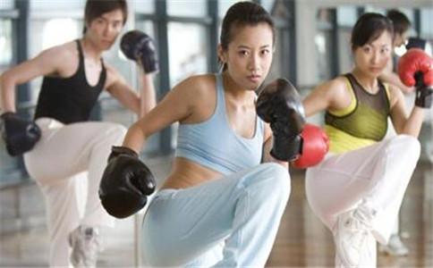 减脂训练计划 减脂训练动作 减脂餐有哪些