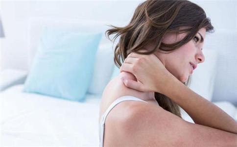 怎么锻炼脖子肌肉 脖子肌肉锻炼方法 脖子肌肉拉伤怎么办