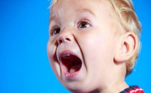 婴儿口腔溃疡怎么办 口腔溃疡的原因是什么 口腔溃疡怎么办