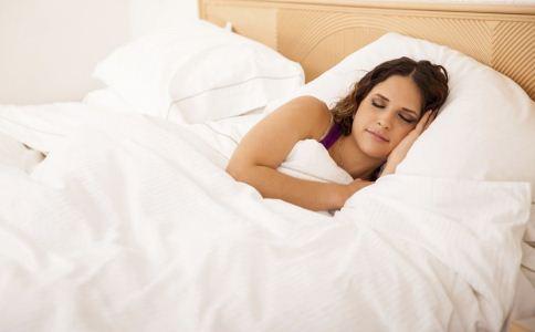秋季如何睡好觉 秋季怎么提高睡眠质量 吃什么可以提高睡眠质量