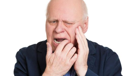 老人如何做好口腔护理 老人怎么护理口腔 老人护理口腔的方法
