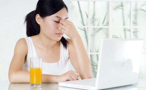 上班族如何保护视力 护眼喝什么 什么茶保护眼睛