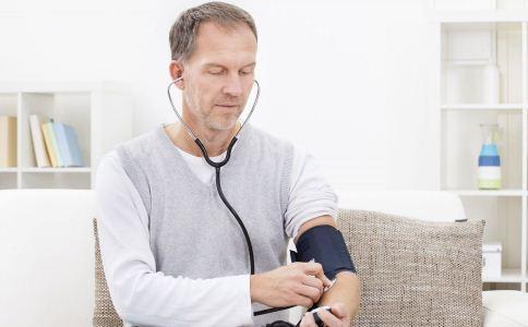 什么食物可以降压 中老年男人吃什么可以降压 高血压患者吃什么可以降压