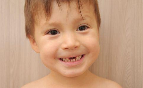 形成蛀牙的原因有哪些 怎么预防蛀牙 蛀牙有哪些危害