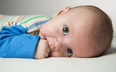 婴儿腹胀怎么办 婴儿腹胀缓解方法 婴儿腹胀