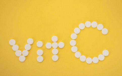 女人吃维生素C有什么好处 吃维生素C能美白吗 吃维生素C能祛斑吗