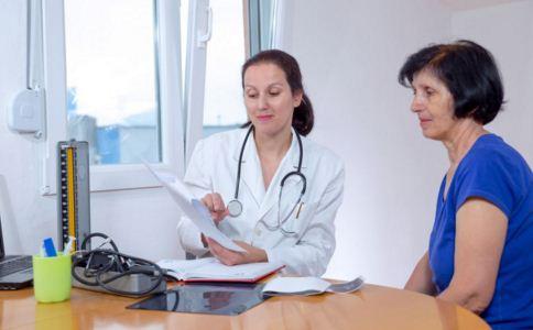 40岁的女人闭经怎么办 女性绝经期提前是什么原因 过早绝经怎么治疗
