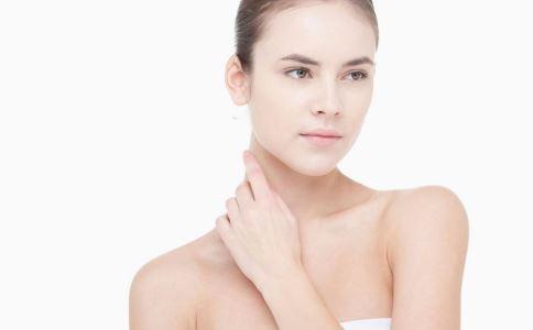 颈部爱出汗是怎么回事 内分泌失调有哪些表现 内分泌失调怎么食补