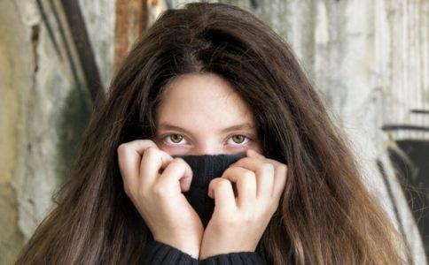 黑眼圈怎么办 黑眼圈的成因有哪些 怎么消除黑眼圈