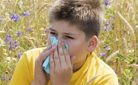小儿过敏性鼻炎怎么办 小儿过敏性鼻炎原因 小儿过敏性鼻炎治疗