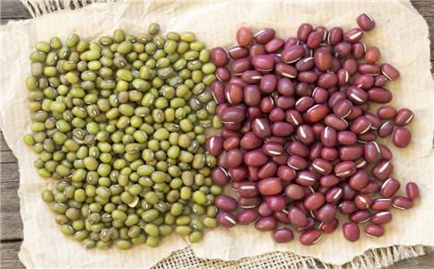 治疗黑头发的食谱 乌发的食物有哪些 怎么吃可以乌发