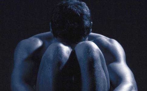 男性尖锐湿疣有哪些症状 尖锐湿庞的症状有哪些 怎么治疗男性尖锐湿庞