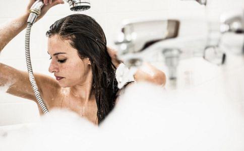 怎么洗澡健康 女人怎么洗澡健康 女人如何洗澡健康