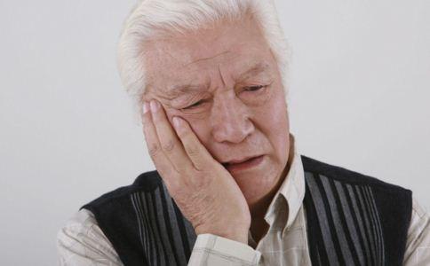 牙龈肿痛是什么原因 牙龈肿痛怎么办 牙龈肿痛怎么止痛