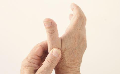 帕金森综合症如何预防 帕金森综合症的早期症状 帕金森综合症的表现