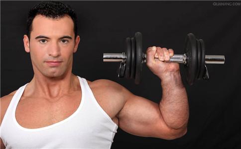 在家如何练肱三头肌 在家练肱三头肌的方法 锻炼肱三头肌的注意事项