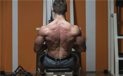 背阔肌不对称怎么办 背阔肌怎么锻炼 背阔肌有什么作用