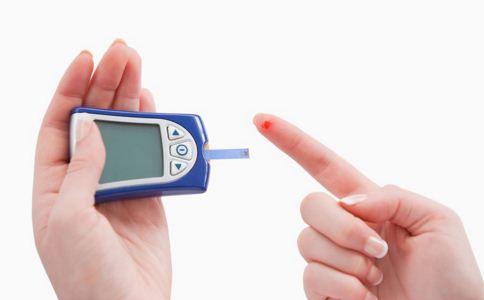 糖尿病早期征兆是什么 糖尿病晚期有哪些症状 糖尿病怎么治