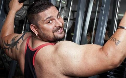 怎么练肱三头肌 锻炼肱三头肌的方法 锻炼肱三头肌注意事项