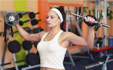 女肱三头肌锻炼方法 女性怎么练肱三头肌 女性锻炼肌肉的好处