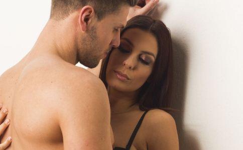 男人有性幻想是好事还是坏事 中年男人幻想和女性有性生活是正常的吗 男人的性幻想健康吗