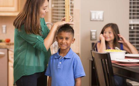 男生什么时候长高最快 男生怎么长高 什么运动可以长高