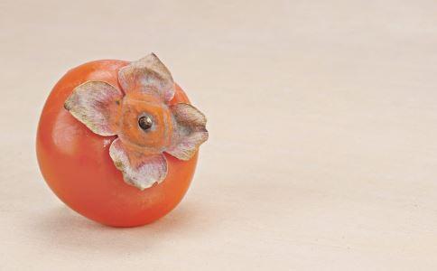 柿子不能和什么一起吃 柿子能和酸奶一起吃吗 吃柿子注意什么