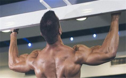 如何有效练背阔肌 背阔肌的功能 背阔肌拉伤怎么办