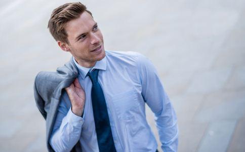 男士必备哪些服饰 有哪些男士必备单品 男人最理想的生活状态是什么