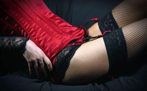 为什么男人会被红色吸引 男人都喜欢穿红衣的女人吗 男人喜欢女人穿红色衣服吗