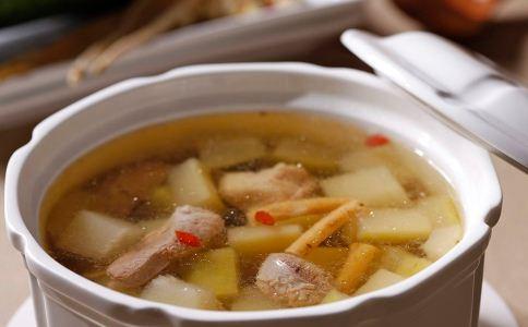 怎么喝汤比较养胃 什么汤水比较养胃 天气寒冷喝什么汤比较养胃