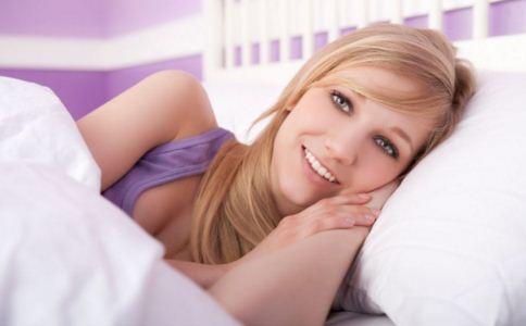 睡觉手麻怎么办 睡觉手麻怎么回事 睡觉手麻怎么处理