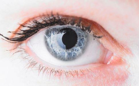 眼睛干涩疼痛什么原因 如何保护眼睛 眼睛干涩疼痛怎么回事