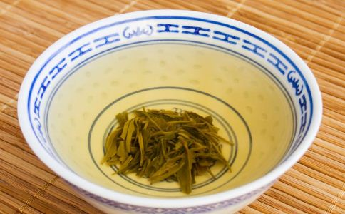 喝茶的禁忌有哪些 喝茶的注意事项 空腹的时候可以喝茶吗