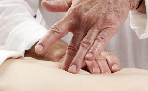 青春期的男生遗精需要进补吗 怎么治疗男人遗精 什么运动可以治疗男人遗精