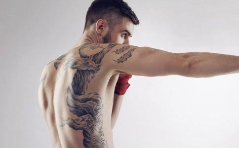 男人纹身有什么危害 纹身会伤害身体吗 纹身对身体有哪些坏处