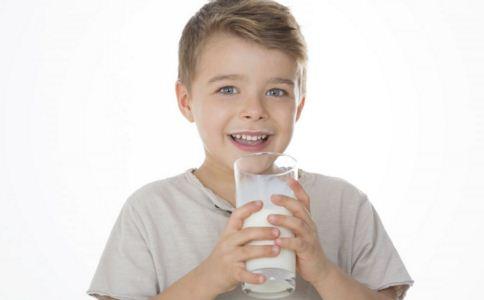 小孩长个吃什么 小孩长个吃几种食物 小孩长高怎么吃