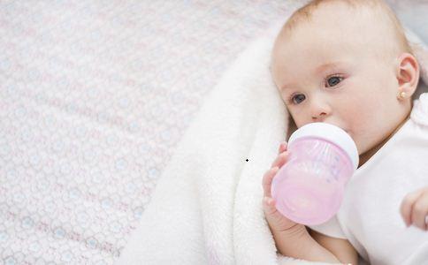 婴儿转奶怎么转 婴儿转奶正确方法 婴儿转奶