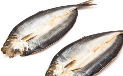 俄渔民捕获双嘴深海怪鱼 怪鱼有哪些 世界上的怪鱼
