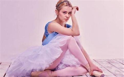 学什么舞蹈瘦腿 跳舞的好处有哪些 跳舞可以减肥吗